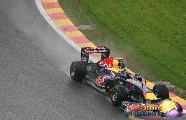 f1 redbull en carrera